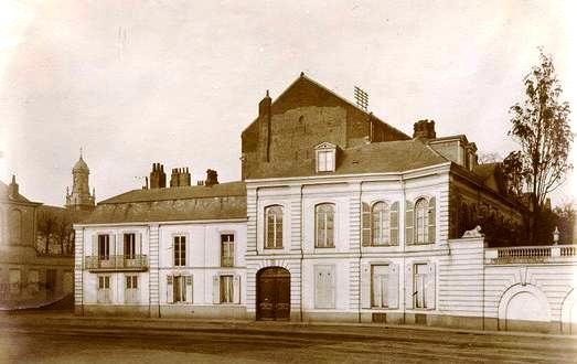 Hôtel Virnot de Lamissart 52 façade de l'Esplanade Lille